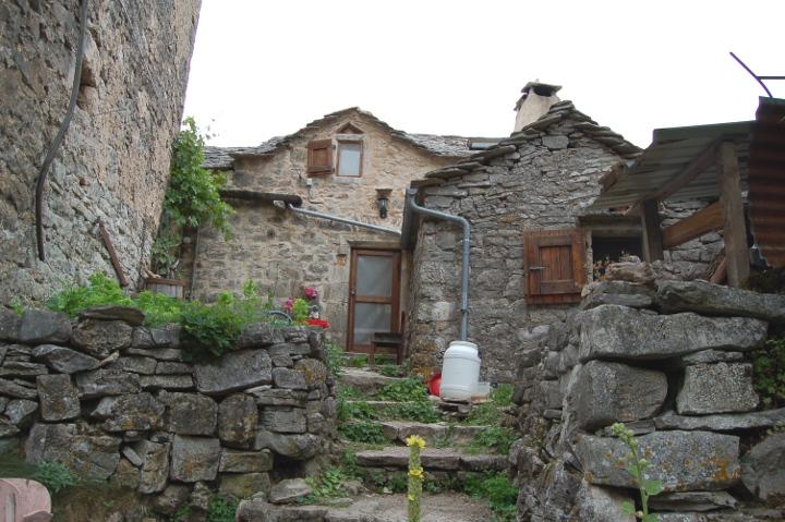 Montredon Du Larzac #9: Eco-Camping Du Larzac ◊ Le Cun ◊ Route De ...